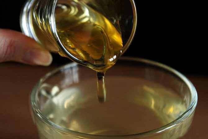 فوائد ماء العسل