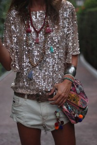 small_fustany-fashion-accessories-how_to_layer_your_necklaces-necklace3