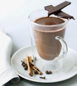 فوائد حليب الشوكولاتة